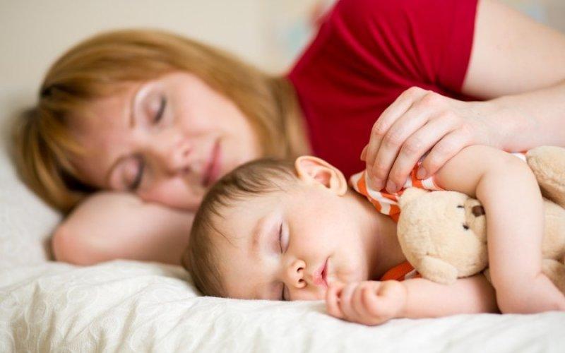 Опасности долгого сна у ребенка