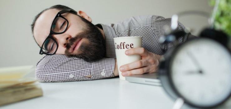 Почему человек постоянно хочет спать
