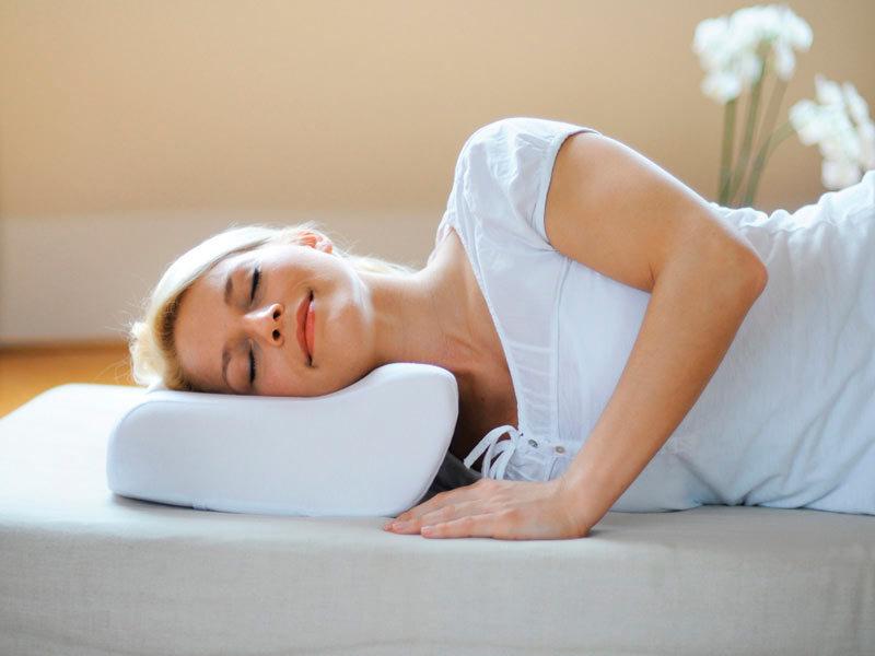 Как выбрать подушку для сна зачем нужна